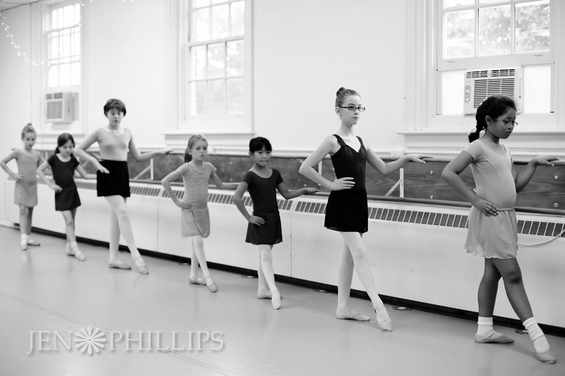 Saturday Mixed-ages Beginning Ballet